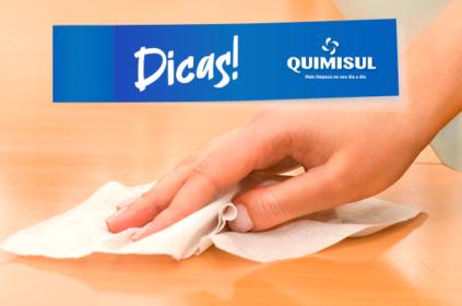 Use lenços umedecidos na limpeza e poupe tempo